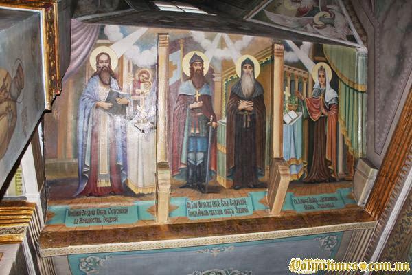 Волинські канонізовані князі на іконах храму
