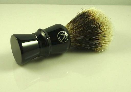 [Imagen: Frank-Shaving-badger-brush.-Ebony-long-handle..jpg]