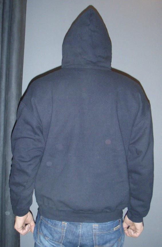 6. sweater met hood achterkant.jpg - 1.18 MB