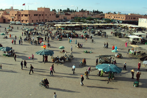 Jemaa-al-Fna plein.JPG