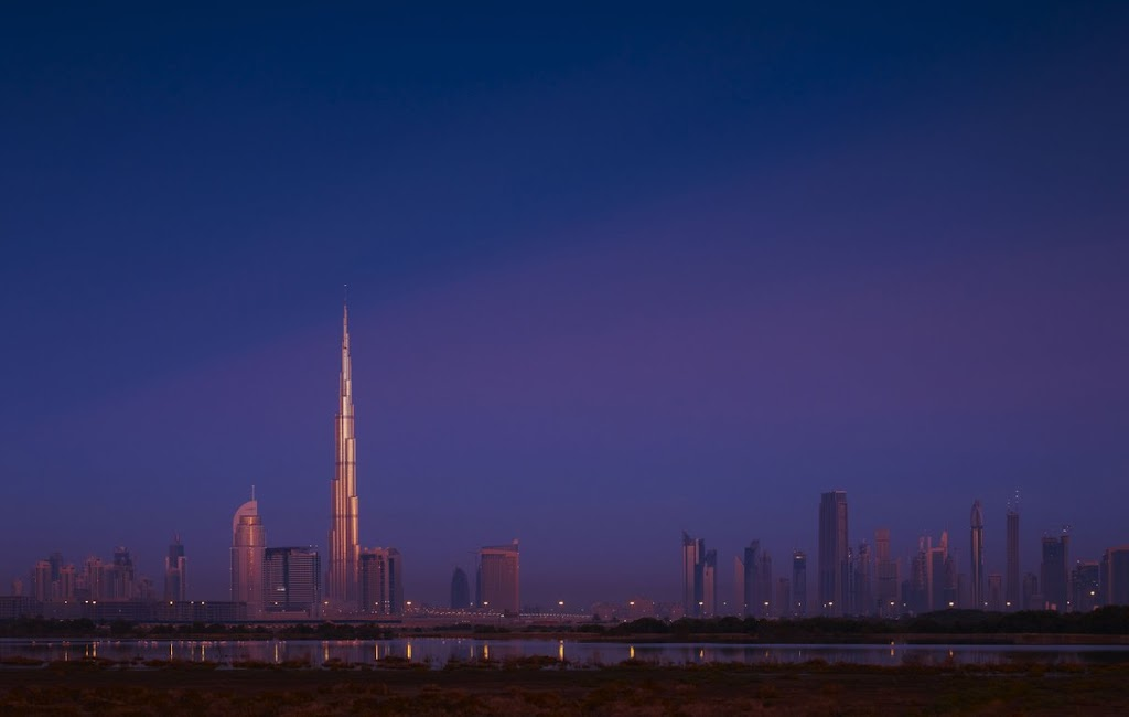 Video: Full Version of Burj Khalifa now tallest man-made structure built by Samsung