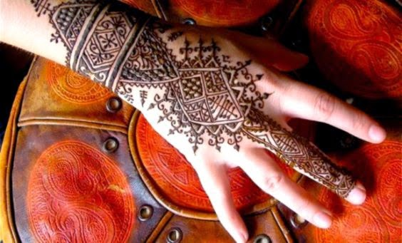 Henna Tattoo NYC   Lisa Butterworth Teaches You About Henna