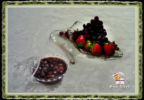 Calda com frutas vermelhas inteiras 1