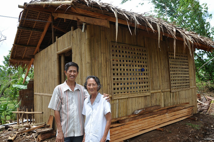 Nanay Loring's new home after Typhoon Yolanda