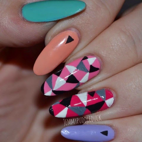 Rita Ora, Rimmel London, Peachella, Neon Fest, Sweet Retreat, Wild-er-ness, Roll in the grass, Nail Art, Geometric
