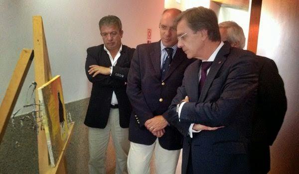 """Secretário de Estado visitou exposição """"Artes Visuais"""""""