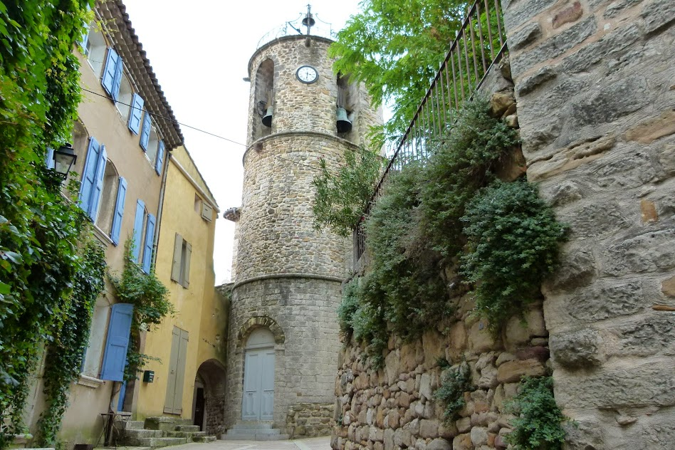 Around Aix2