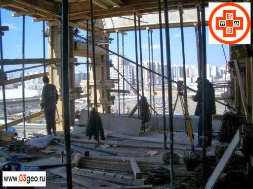 Фото геодезической разбивки, рыночные цены на разбивку осей здания и что такое разбивочные работы в строительстве смотрите на странице http://www.03geo.ru/stroy_13