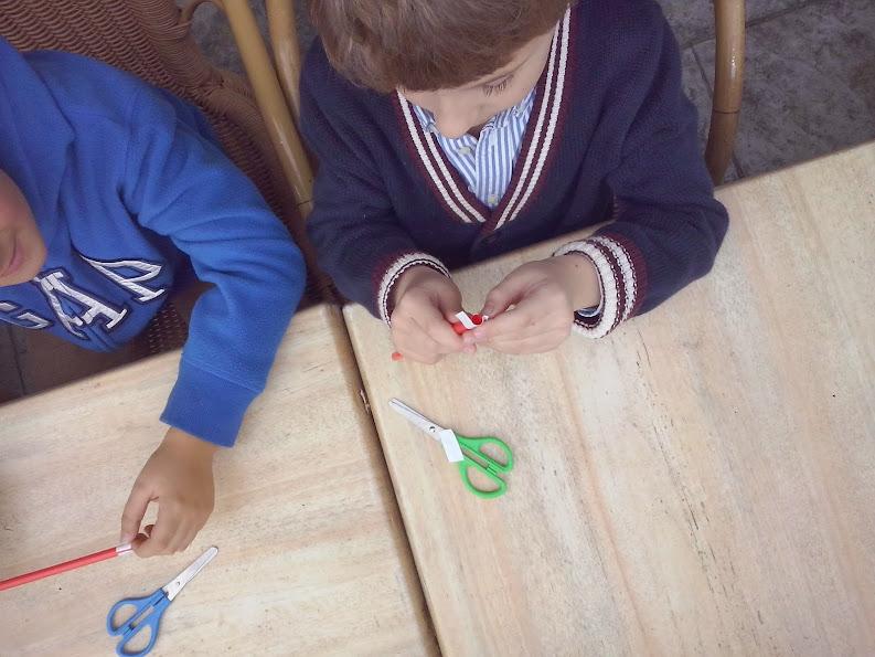 niños taller aparición varita mágica 01