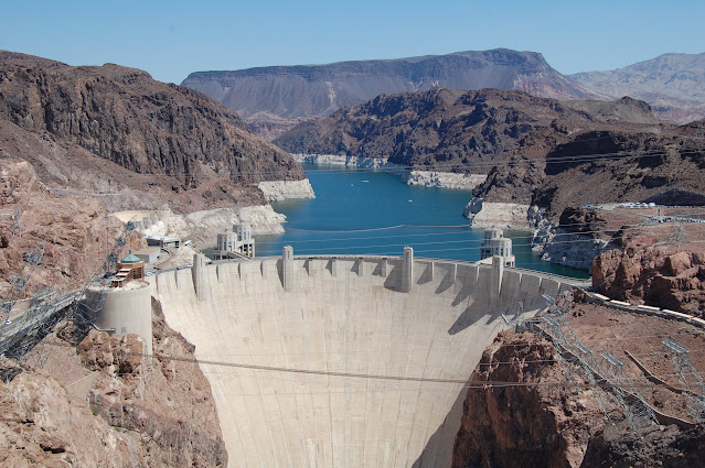 Five Day Trip to Las Vegas , Hoover Dam and Grand Canyon    Part 2