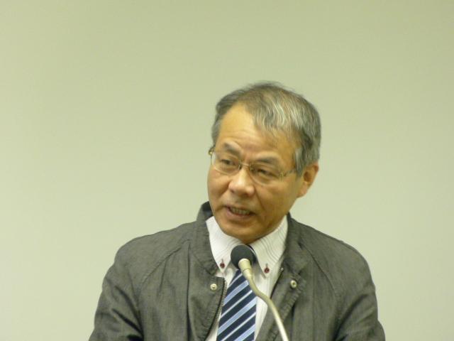 来賓としてご挨拶される伊古田俊夫氏