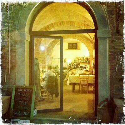Le Vecchie Cantine, Via Farini, 14, 56034 Chianni Pisa, Italy