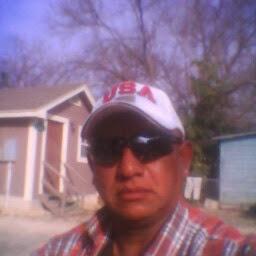 Robert Campos