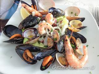 deniz ürünleri salatası, La Kambusa