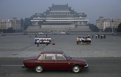 [Image: town_car_palace_gallery__600x384.jpg]