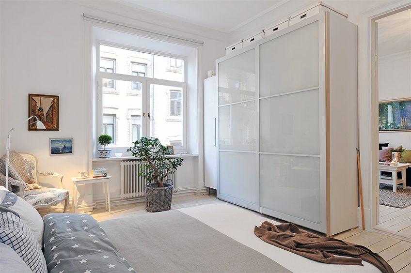 Шкафы- купе , гардеробные , прихожие , замена профиля , зерк.