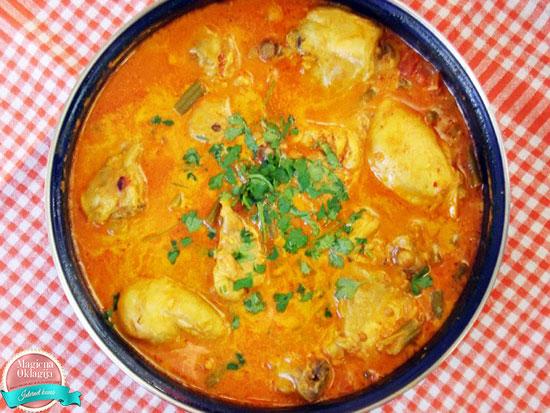 Pikantna piletina u žutom sosu