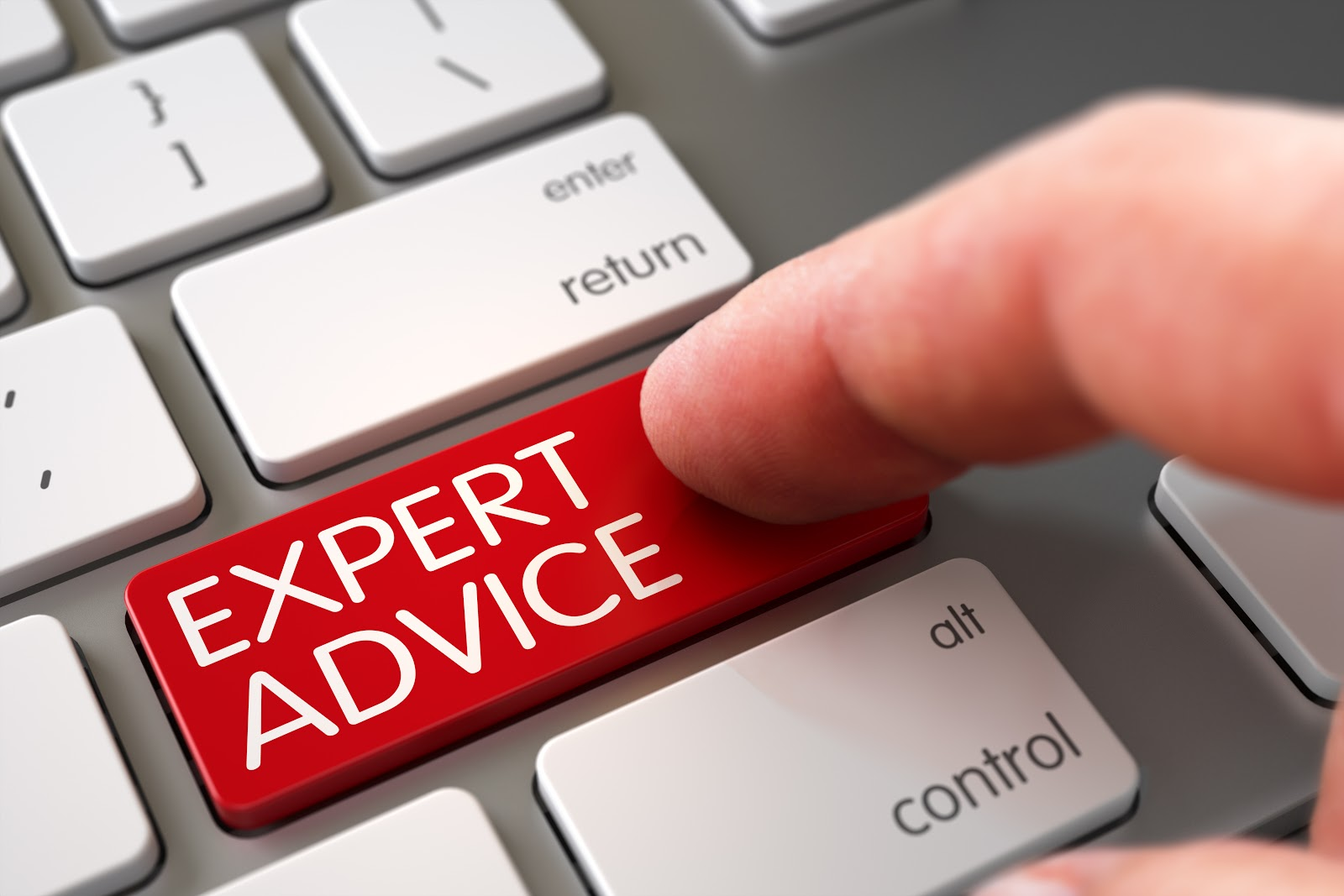 person clicking on expert advice how to advertise on facebook