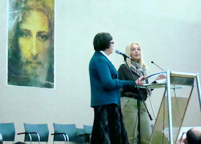 Marija translates as Vassula addresses the people of Zagreb