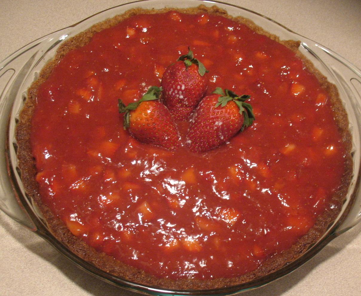 Strawberry Pie with Almond Crust
