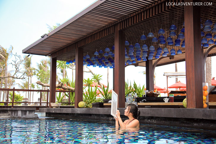 St Regis Bali Pool and Swim Up Bar.