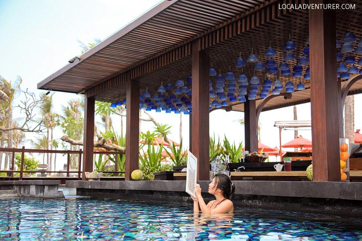 St Regis Bali Pool and Swim Up Bar.