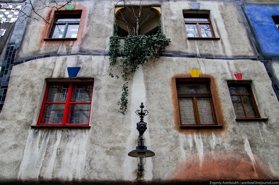 https://lh4.googleusercontent.com/-3GlXGautlWQ/USXj_6KrGbI/AAAAAAAANp4/MqmIy92aJR0/s912/Austria-Architecture-Hundertwasserhaus-001.JPG