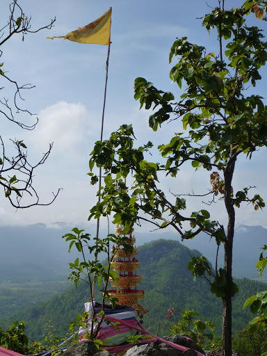 Another view of Doi Tham