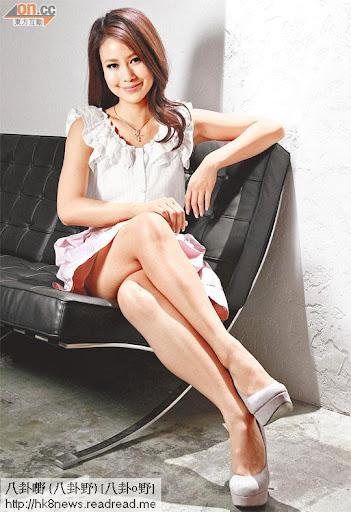 李雪瑩談吐得體,除了綜合節目,亦參與劇集演出,形象更加「入屋」。