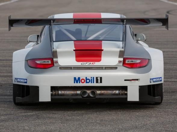 2013 Porsche 911 GT3 R - Rear