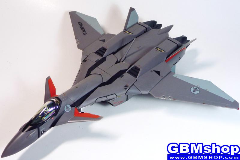 Macross Plus VF-11B Thunderbolt Fighter Mode