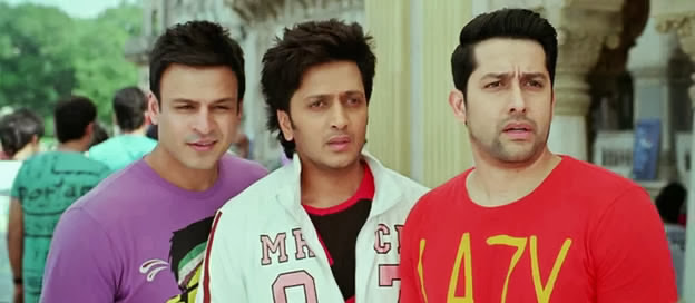 Screen Shot Of Hindi Movie Grand Masti (2013) Download And Watch Online Free at alldownloads4u.com