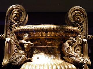 κρατήρας,ελληνικό έργο τέχνης,Διόνυσος και Αριάδνη.