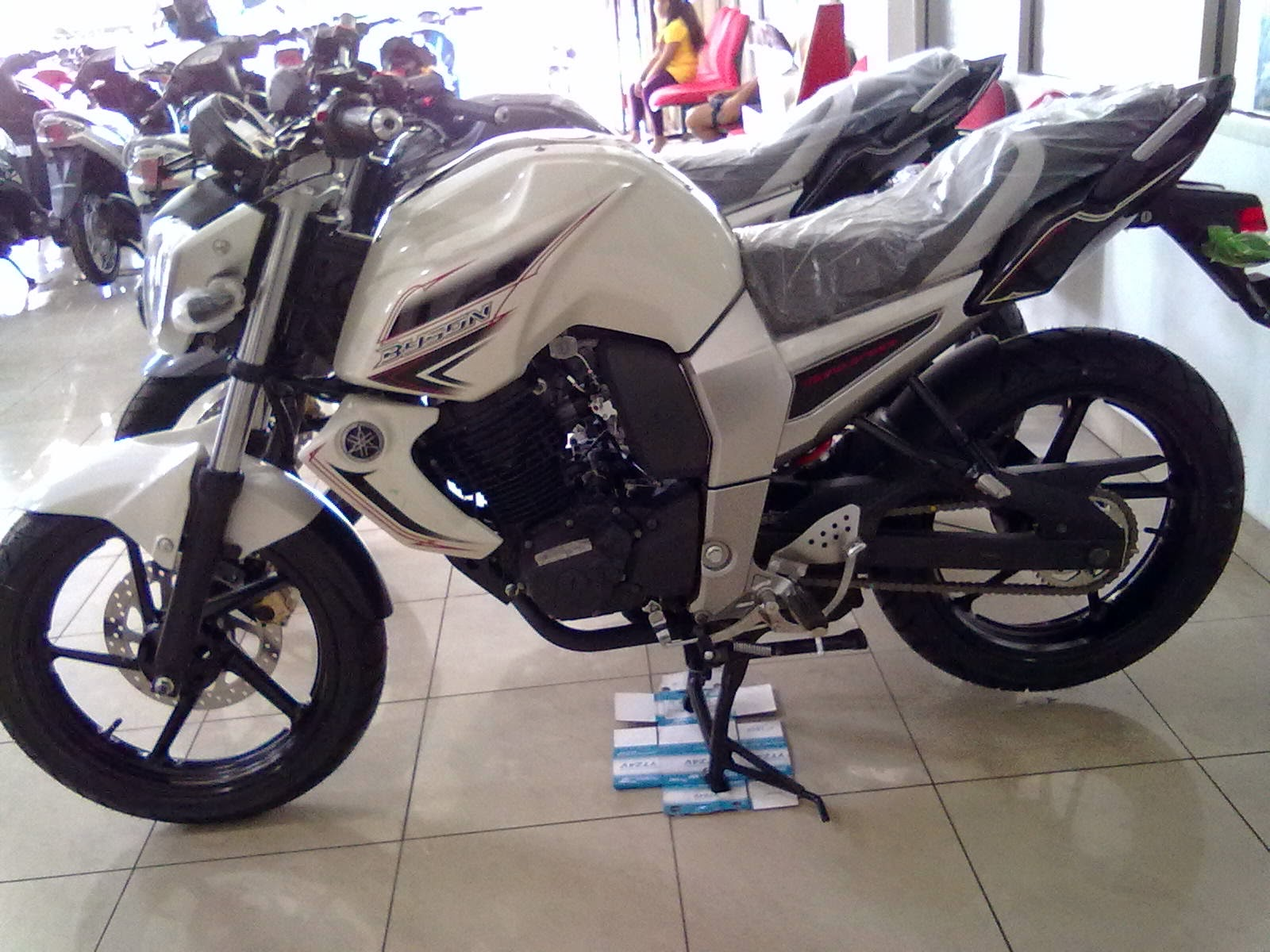 Supra X 125 Modifikasi Warna Merah