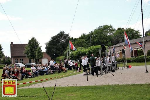 Koningschieten Sint Theobaldusgilde overloon 01-07-2012 (69).JPG