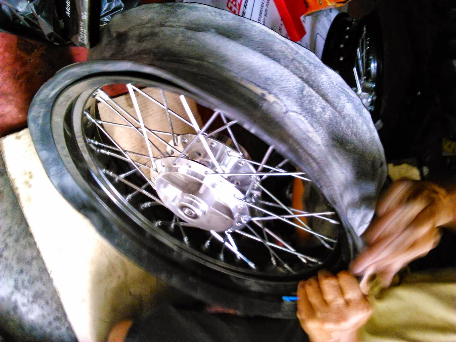 Modifikasi Honda Vario Techno 125 Velg 17