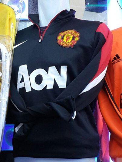 Jual Sweater Manchester United Warna Hitam 2014