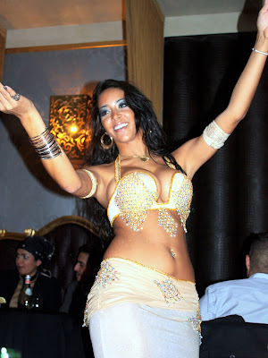 Belly Dancer at Mamounia Lounge in London