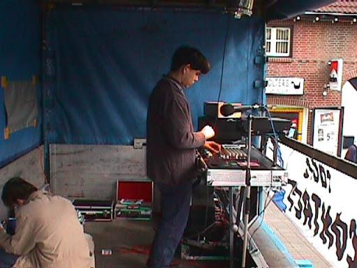 Dolfijne Productions - Braderie Vlodrop 21-05-1998 - Bryan Crooy & Ed van Doorn.JPG