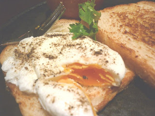 poached egg center