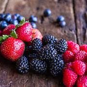 К чему снится собирать ягоды?