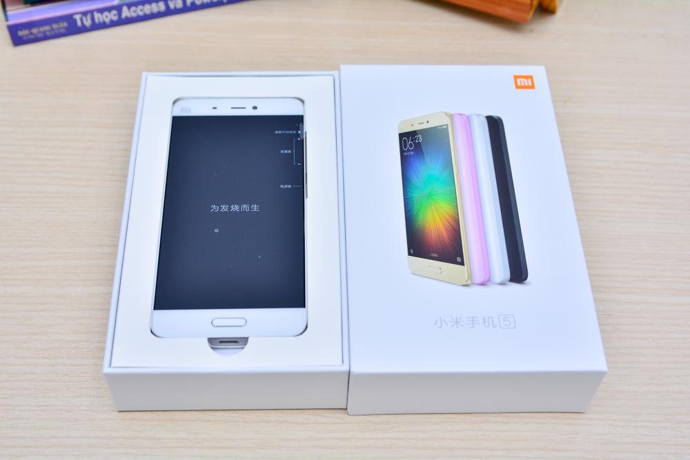 Hình ảnh khui hộp Xiaomi mi5 tại Việt Nam với giá bán trên 10 triệu đồng - 112923