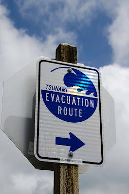 Tsunami Route sign