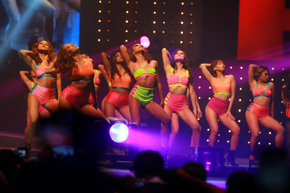 female dancers, 2014 FHM 100 Sexiest Victory Party 05_11_07_2014