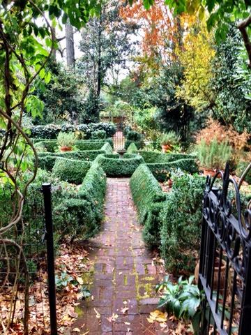 The queen city wing haven garden bird sanctuary - Wing haven gardens and bird sanctuary ...