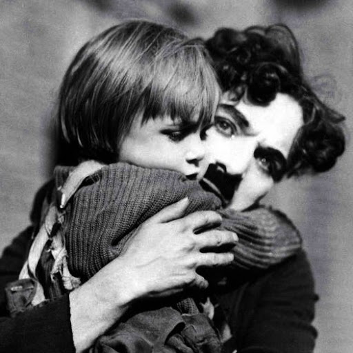 Charlie Chaplin Photo 27