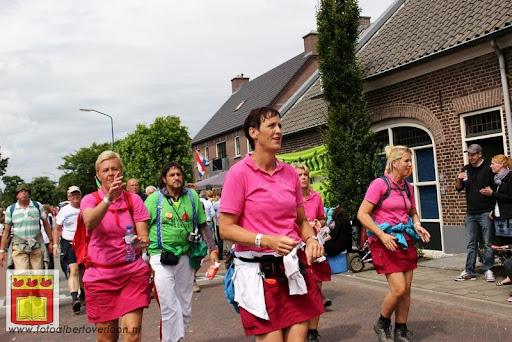Vierdaagse van Nijmegen door Cuijk 20-07-2012 (78).JPG