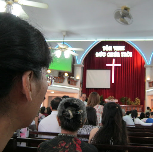 Thi Thien Photo 1