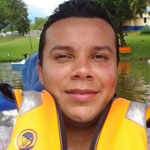 Manuel Velasquez Photo 12