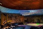 Внутреннее пространство Церкви в скале